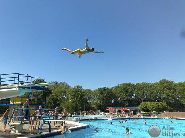 Zwembad de ganzewiel alle uitjes voordeeluitjes nederland - Zwembad omgeving ...